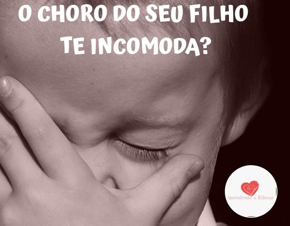 Existe uma grande diferença entre acolher o choro para mostrar que você entende ...